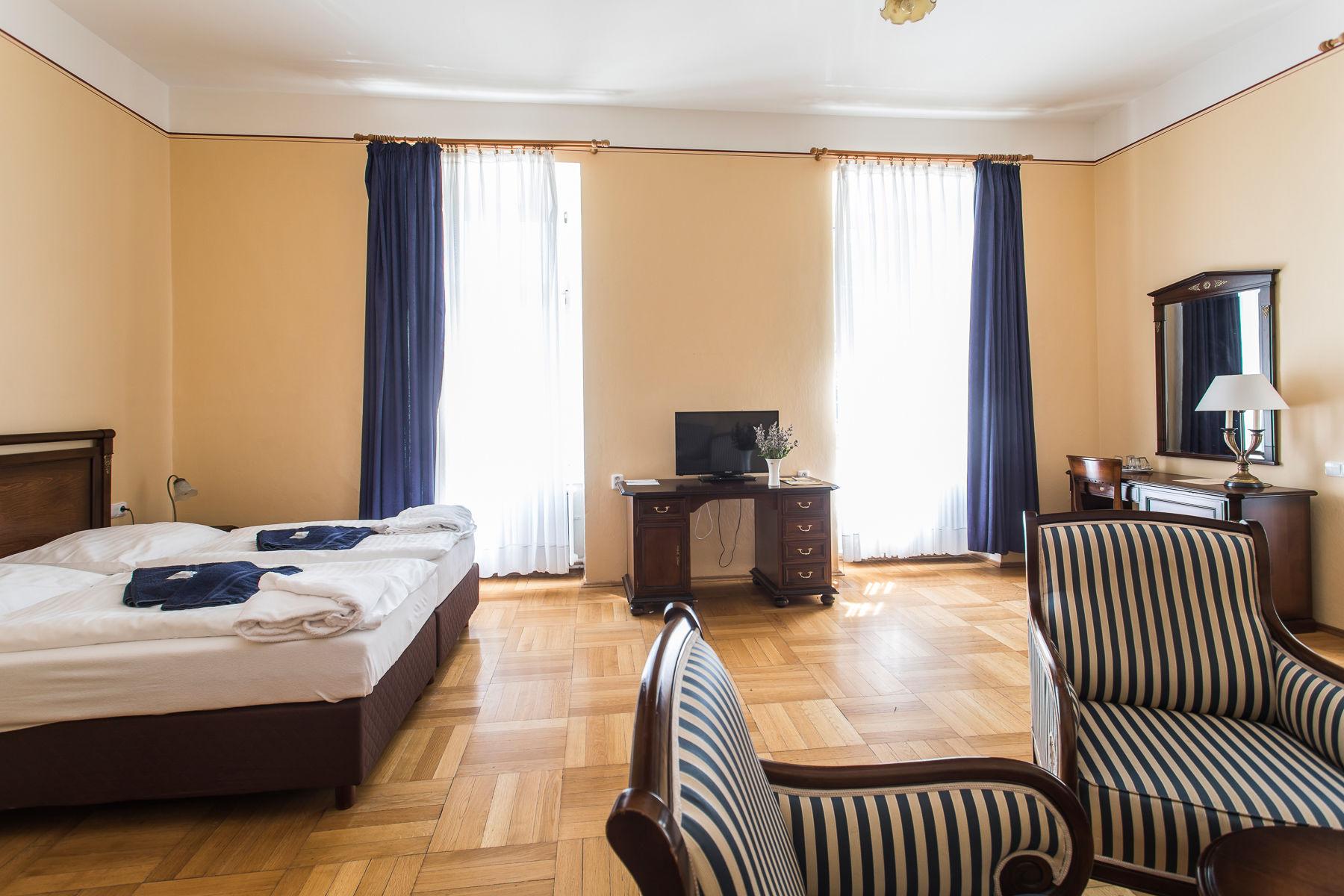 hotelový nábytek